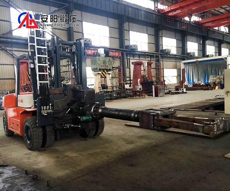 Two Ton Forging Mobile Open Die Forging Manipulator