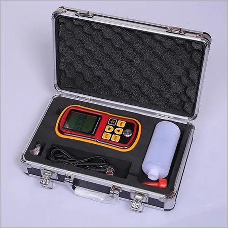 Ultrasonic thickness gauge - TG8810