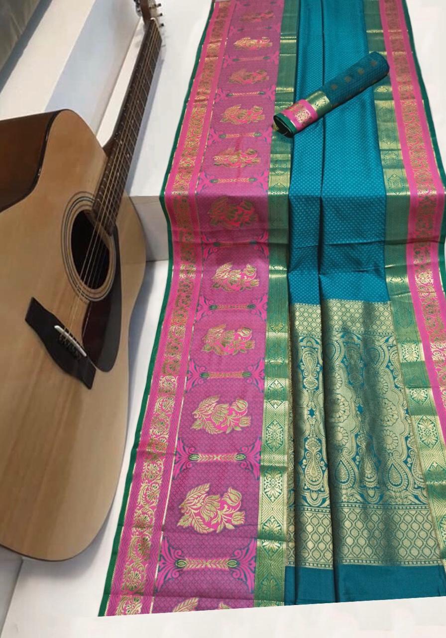 Soft kanchipuram silk weaving saree