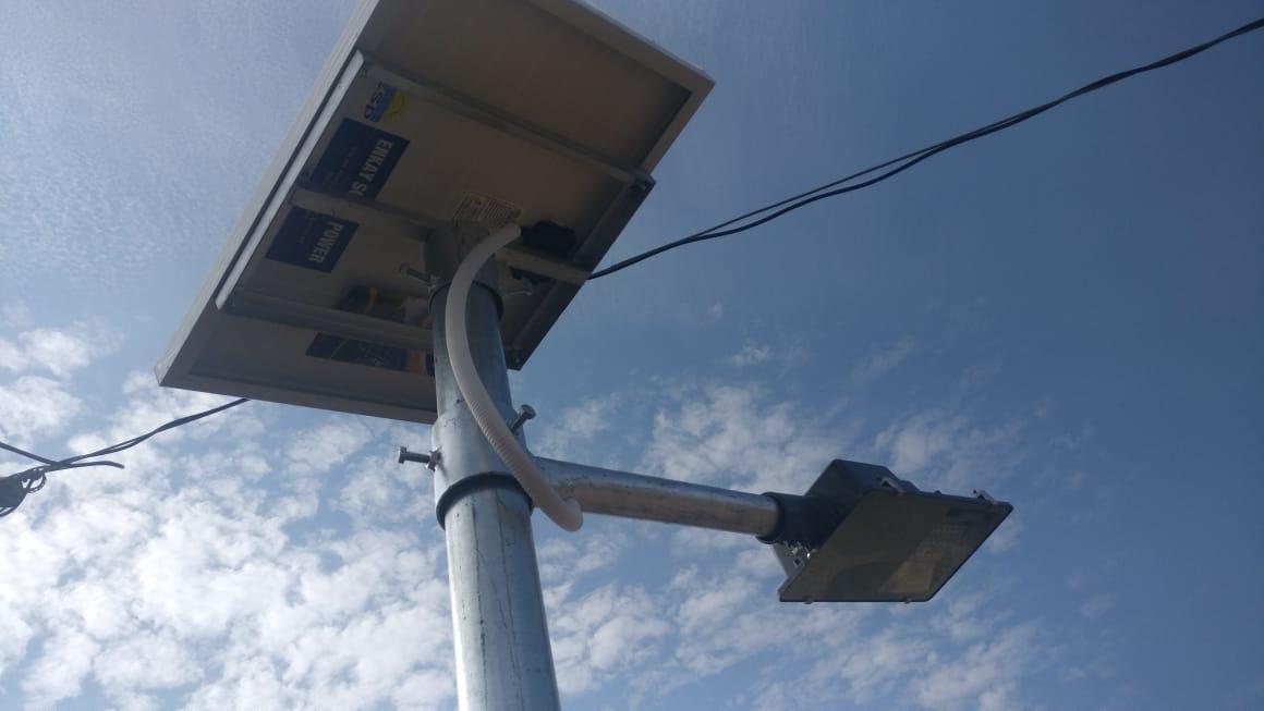 12 Watt Semi Integrated Solar Street Light - Li ion