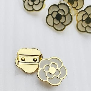 23mm Fashion New Design Beauty Flower Shape Alloy Materials Metal Plate Buckle for Bag Accessories