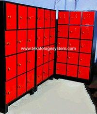 Staff Industrial Worker Locker