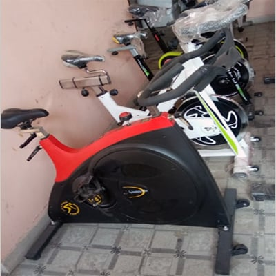 Different Models Spin Bike Grade: Commercial Use