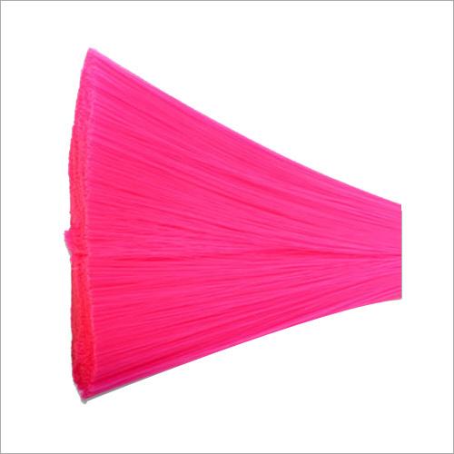 Monofilament Pink Yarn Brush
