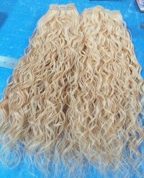 Natural temple curly hair