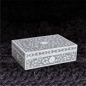 Gift Boxes and Accessories