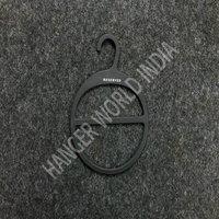 Hard Plastic Ring Hanger