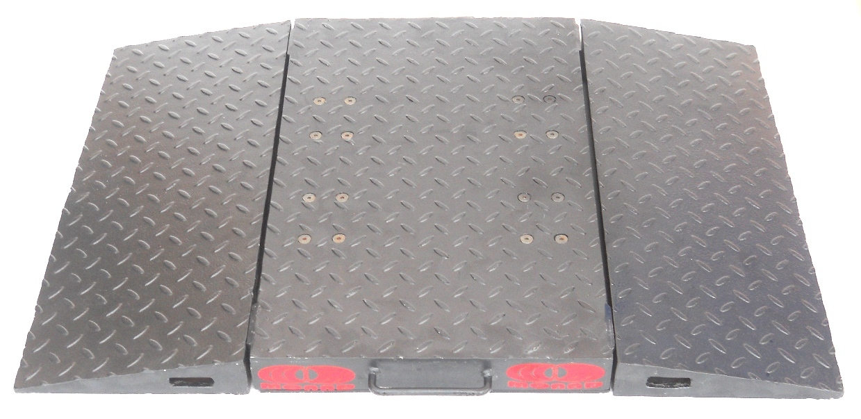 Axle weigh pads