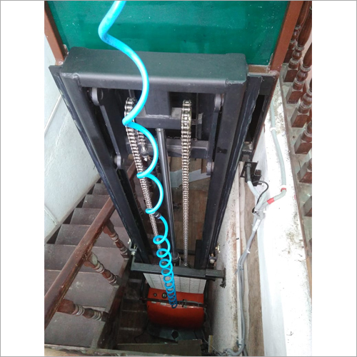 Hydraulic Operated Home Lift