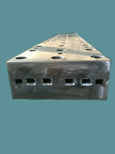 Four Cavity Mold