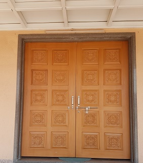 Carving Door