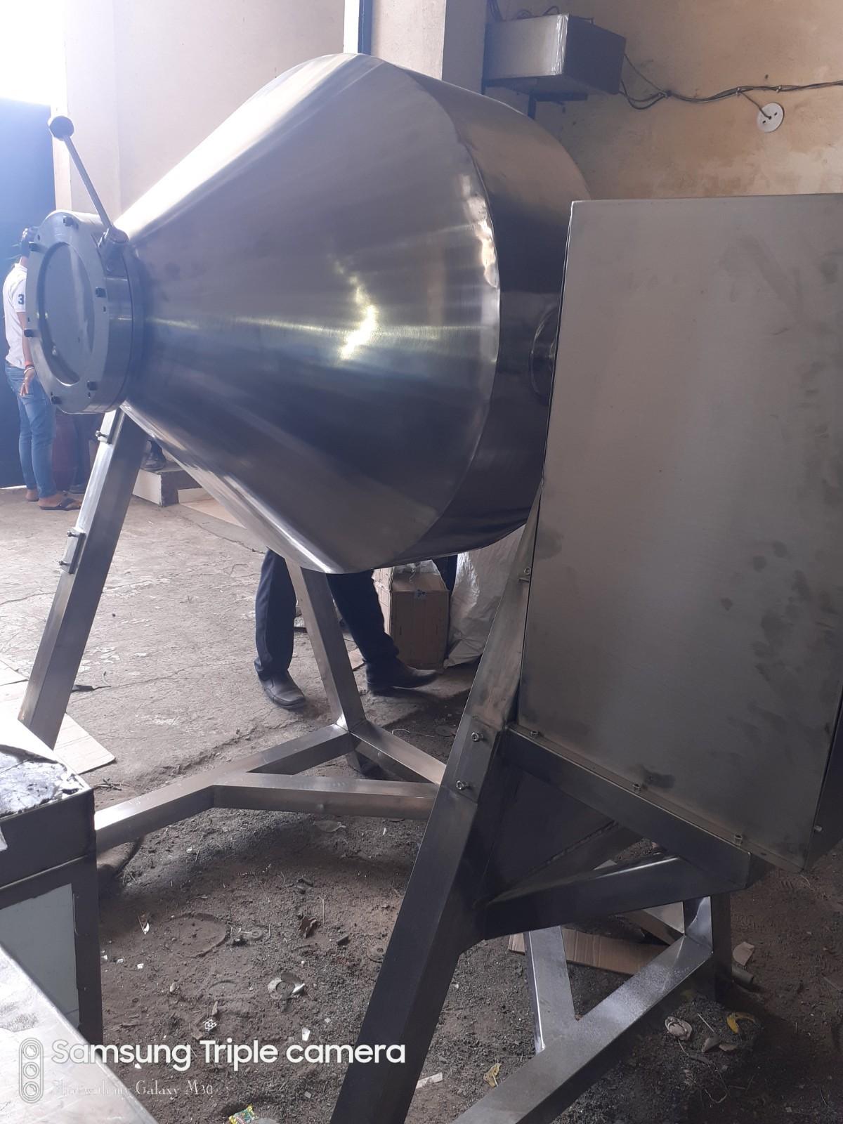 Double Cone Blender Machine
