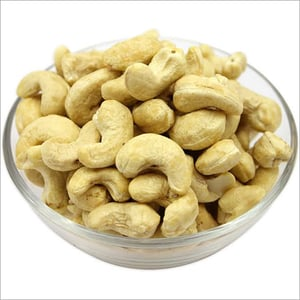 Whole Cashew Nuts