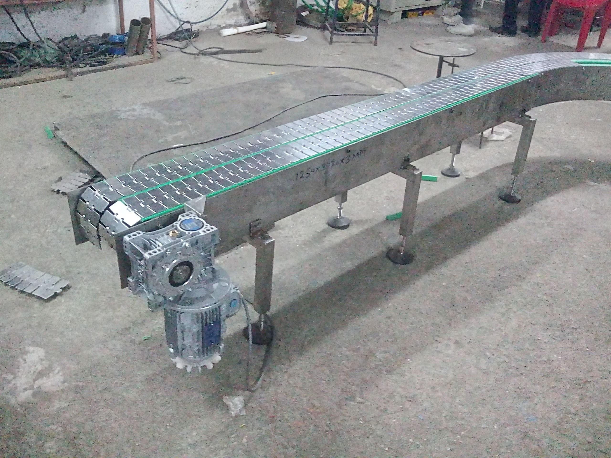 S.S. Chain Conveyor