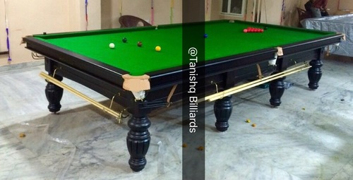 miniature snooker table