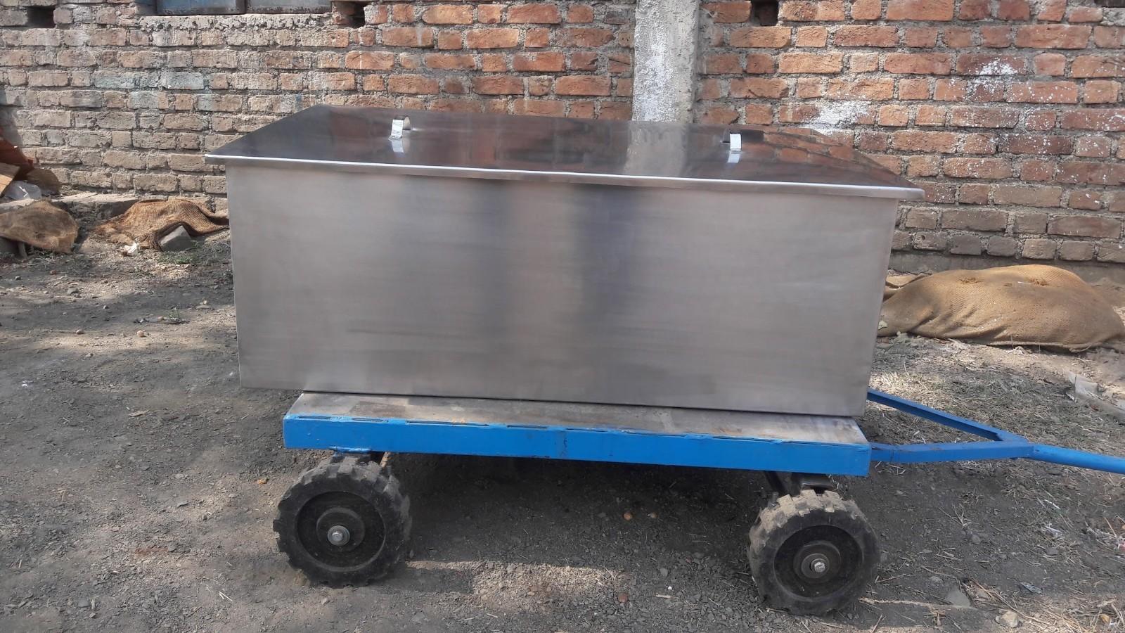 stainless steel liquid storage tank