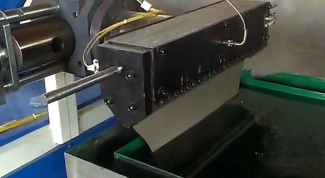 Synthetic String Plant Machine