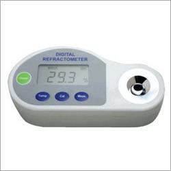 Digital Pocket Refractometer Urea, NaCl, Battery Acid