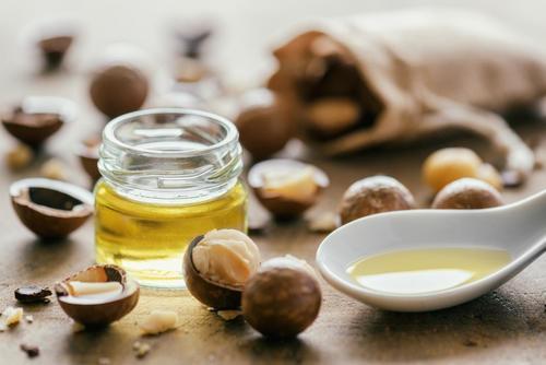 Macadamia Nut Oil - Macadamia Tetraphylla