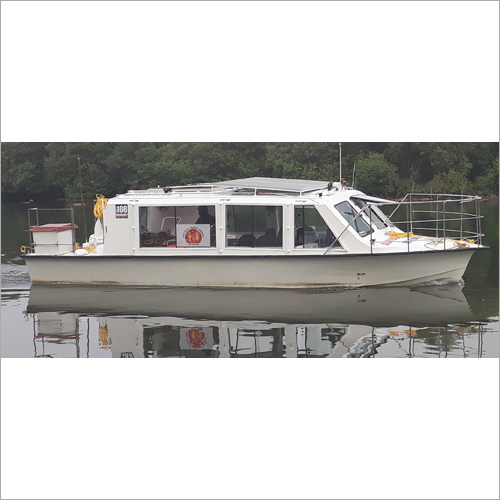 10 Seater Ambulance Boat