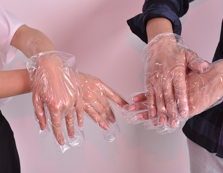 Plastic/Nitrile disposable hand gloves for food industry