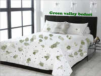 Green Valley Bed Set