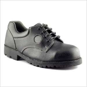Mens Nitrile Rubber Sole Safety Shoe