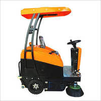 SC 2008 Ride On Sweeper Machine