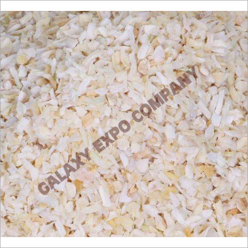 Dehydrated White Onion Chopped Flakes