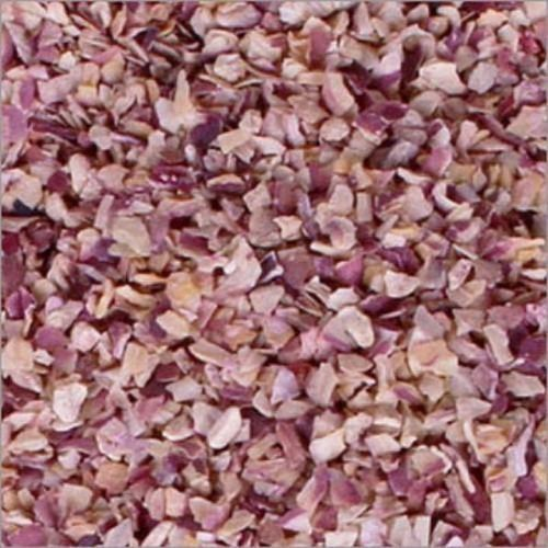 Dehydrated Red Onion Chopped 3 to 5 MM