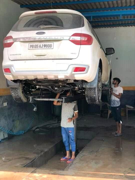 Car Washing Lift