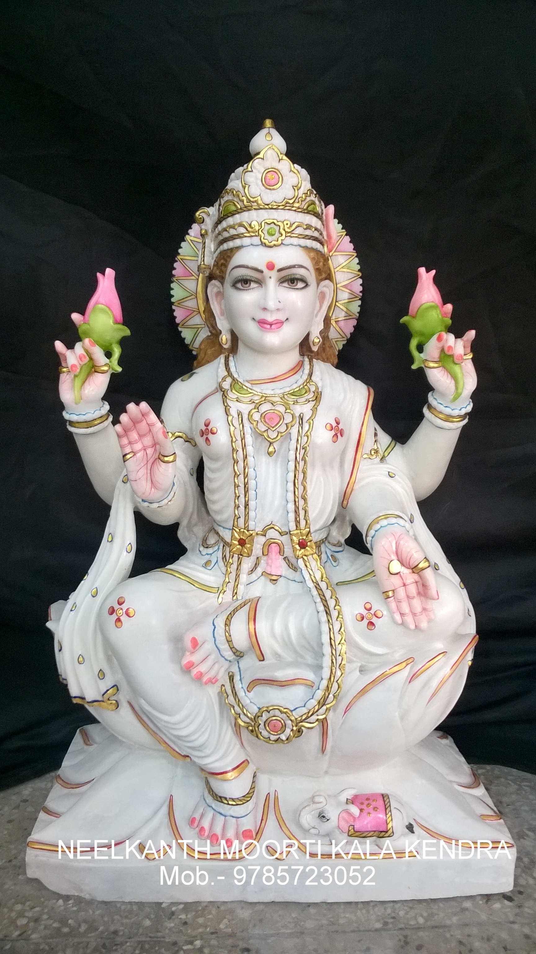 Marble God Laxmi Statue