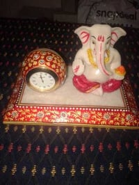 MARBLE PLATE WITH GANESHA AND BALL CLOCK