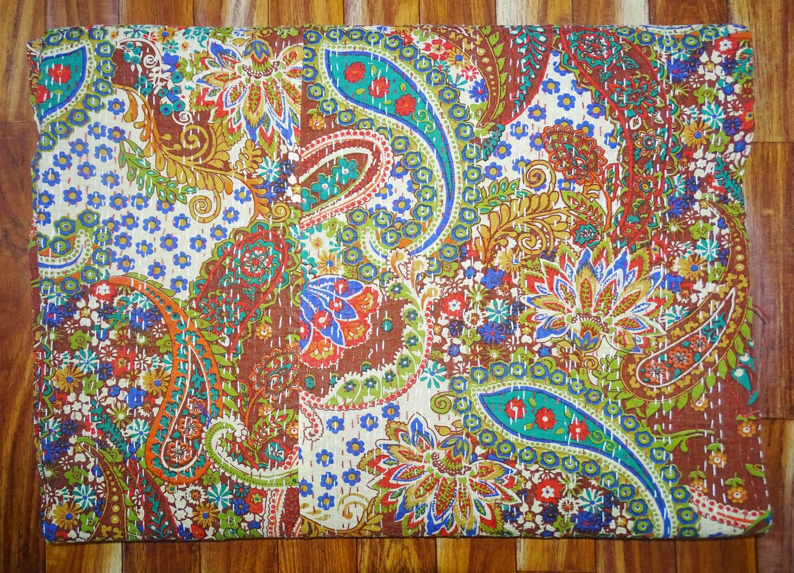 Kantha Bedsheet Paisley Design