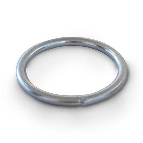 Metal Delta Ring
