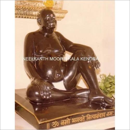 Nityanand maharaj statue