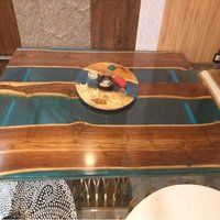 WOOD EPOXY TABLE