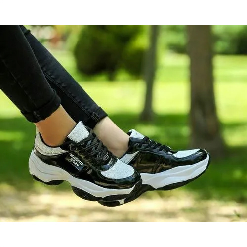 Casual woman shoes