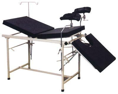 OBSTETRIC DELIVERY TABLES ( 3 SECTION TOP )