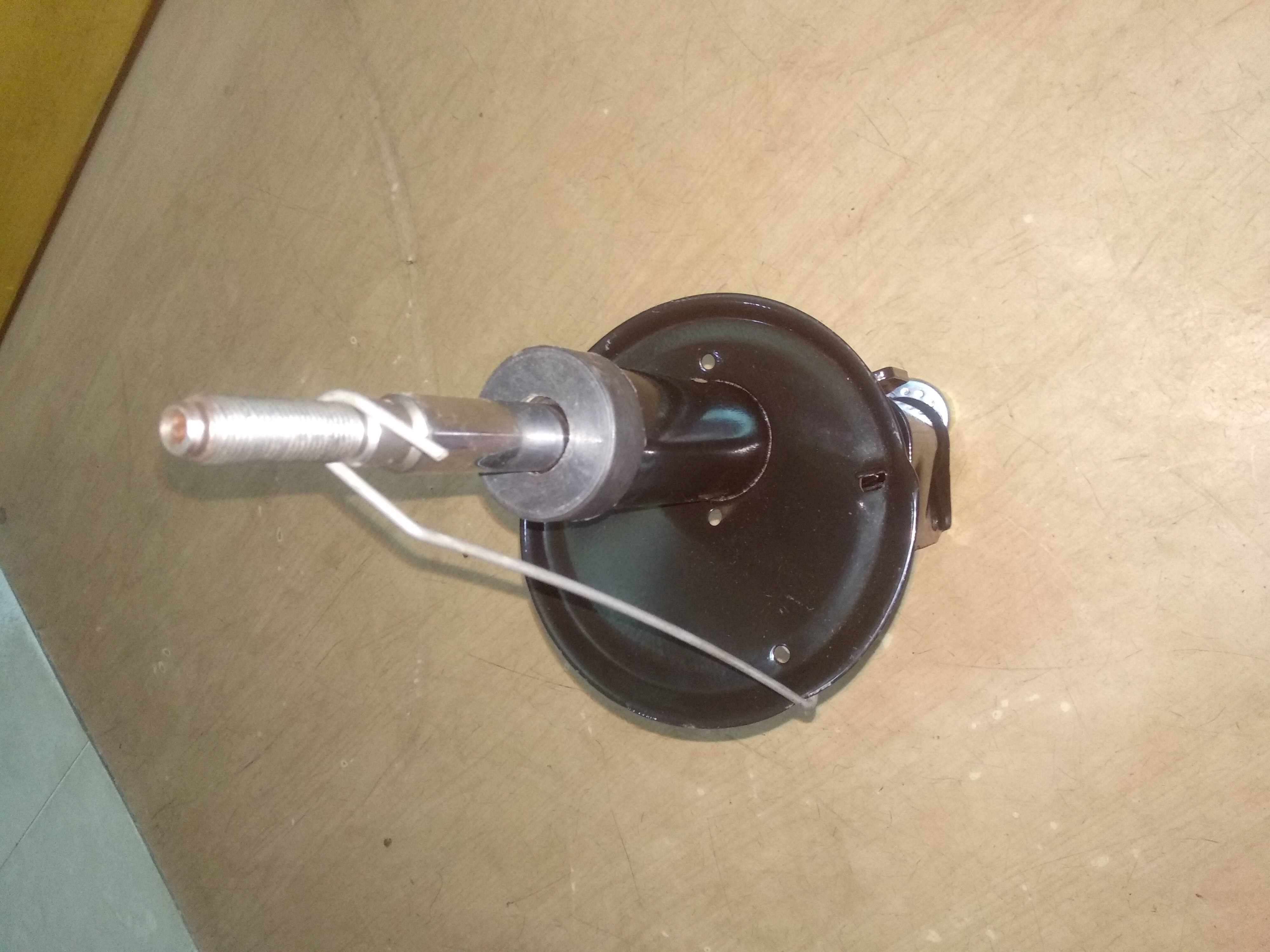 DUSTER FRONT SHOCK ABSORBER
