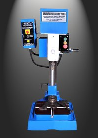 Precision Gear Change Pitch Control Tapping Machine
