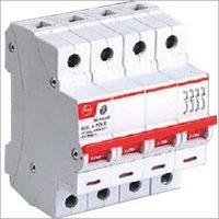 4 Pole isolators