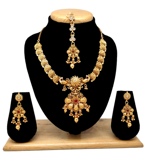 Stylish design temple collection necklace set