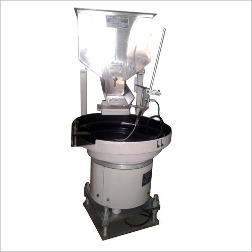 Vibratory Bowl Feeder With Hooper