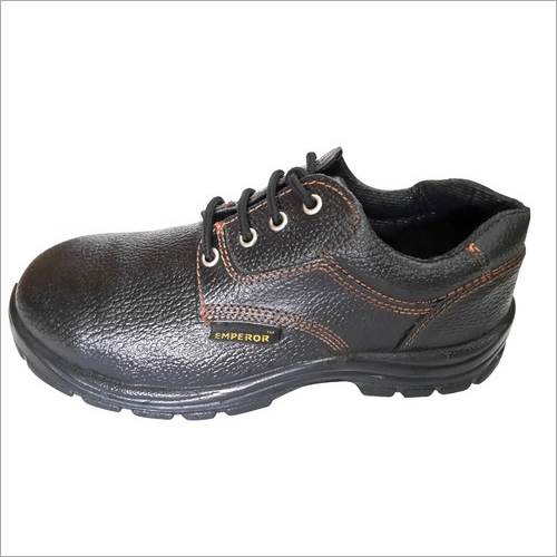 Rubber Safety Shoes for Hotels & Hospitality
