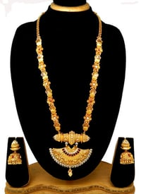 Traditional New Design Pendant Set