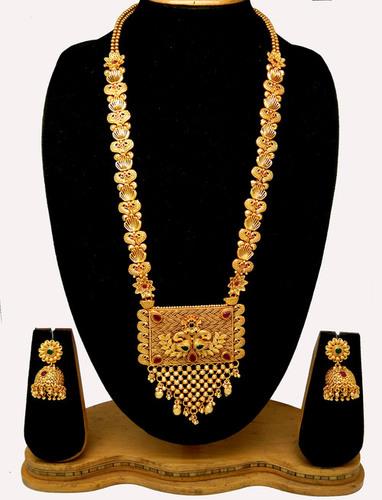 Traditional latest new design pendant set
