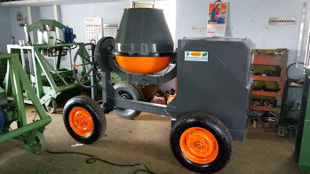 Concrete Mixer Machine With Wheel & Engine Type