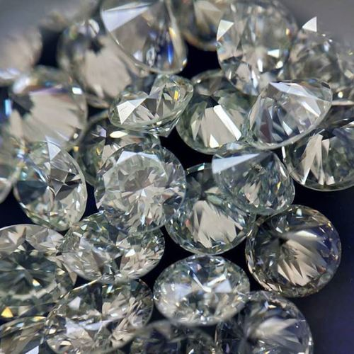 Synthetic Diamond 2.7 TO 3.2 mm E F Color VS1 Purity HPHT White Lab Grown Loose Melee Diamond