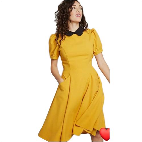 Ladies Short Gown